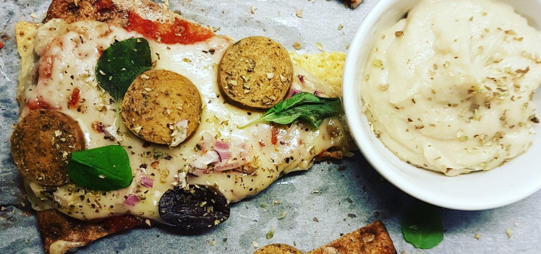 vegetarisk knäckebrödspizza