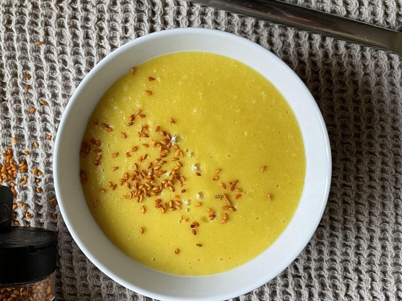 värmande majssoppa